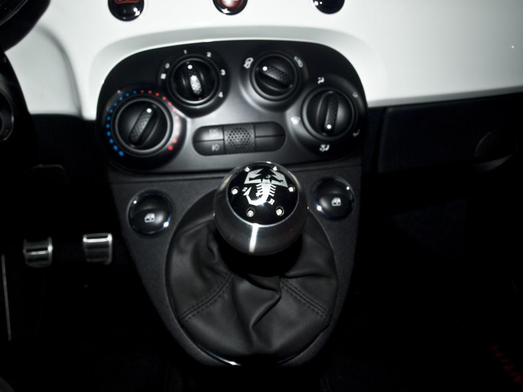 Eurocompulsion Craven Speed Abarth 500t 500 Shift Knob And