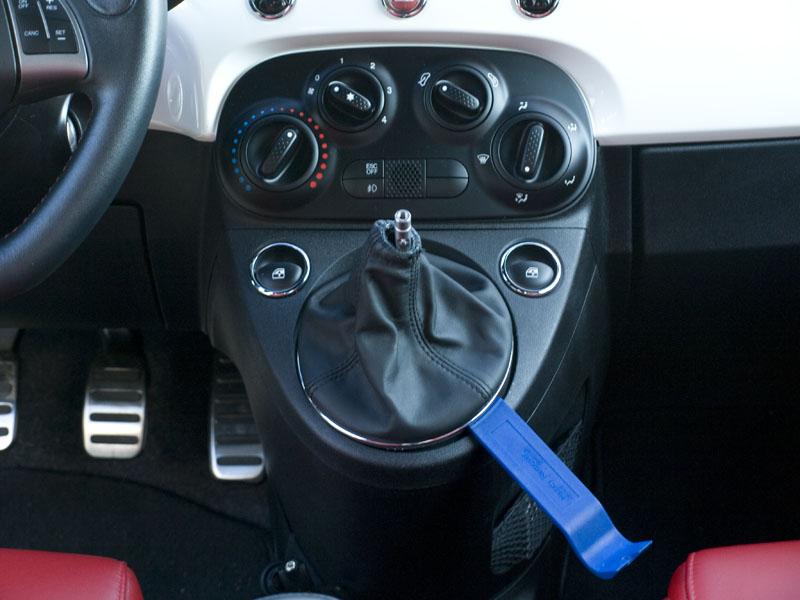 Cravenspeed/Eurocompulsion Abarth shift knob install/Stock